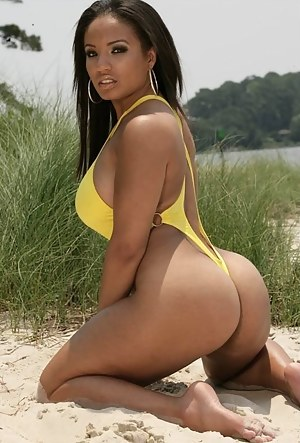 naked brazilian wax female pictures